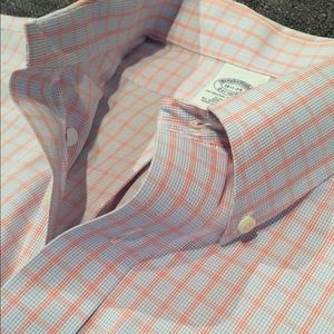 Brooks Brothers Shirts - Brooks Brothers Slim-Fit (NWOT) No-Iron Button Up